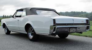 Rubber Weather Seals:1966 and 1967 Oldsmobile F-85, 442 & Cutlass Convertible